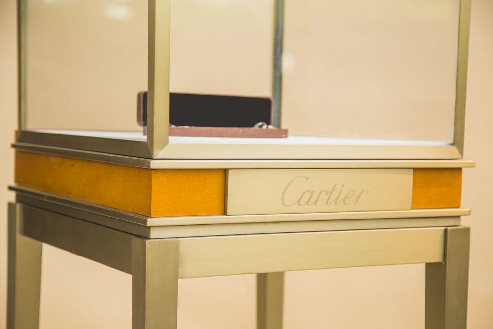 高档珠宝展示柜设计理念
