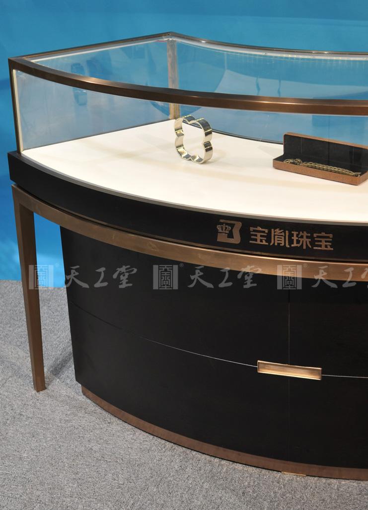 弧形珠宝展示柜