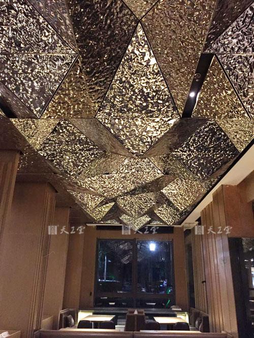 扬州虹料理店创意吊顶