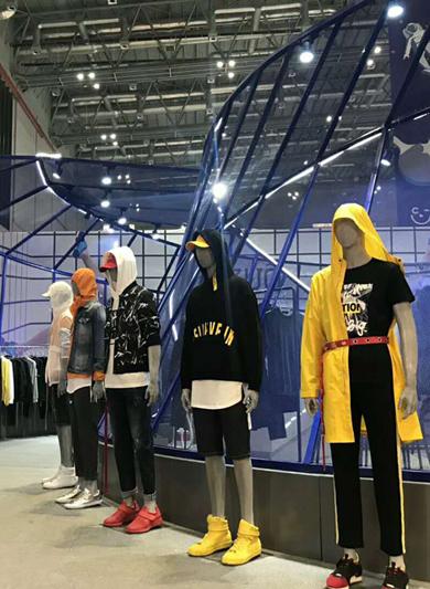 ZUO男装上海服博会展台