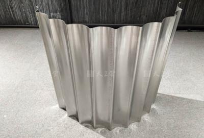 不锈钢立体波浪板